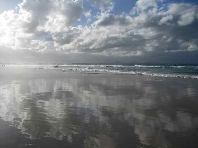 Byron Bay Beach.jpg